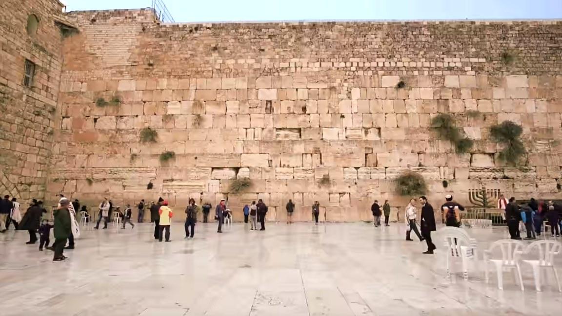 耶路撒冷古城区建铁路,哭墙周边展开实验性探钻,惹争议..